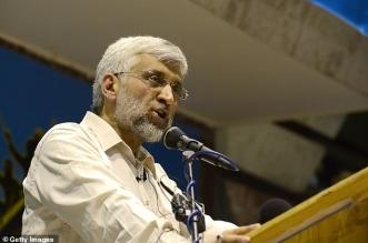 مسؤول إيراني يسخر من دونالد ترامب بنشر علم إيران - المواطن