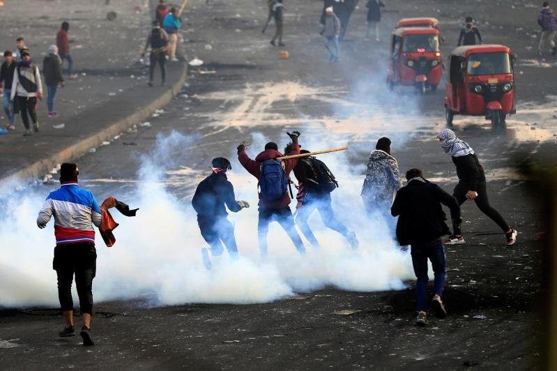مظاهرات وغضب في العراق ودهس شرطيين