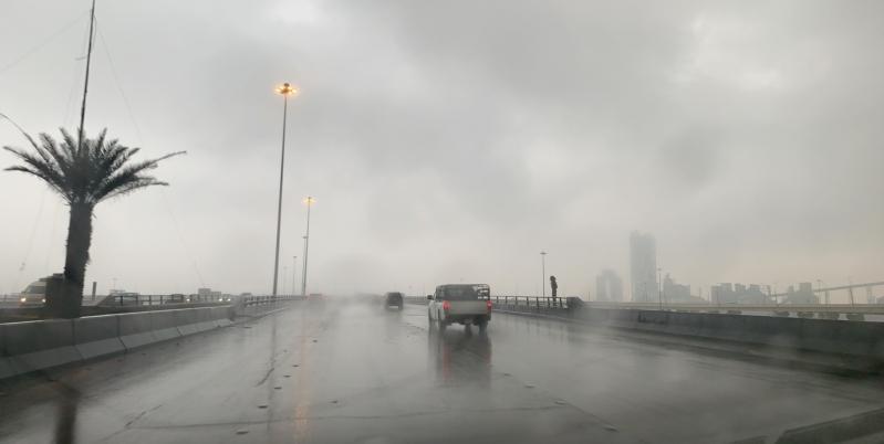 توقعات بـ أمطار متوسطة وغزيرة من اليوم وحتى الأحد