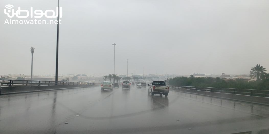 توقعات بـ أمطار رعدية وغبار اليوم على 6 مناطق