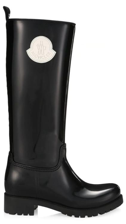5 خيارات أنيقة من الأحذية في أجواء الطقس الماطر - المواطن