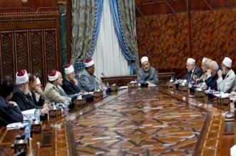 الأزهر يطالب دول العالم بمنع التدخل الأجنبي في ليبيا - المواطن