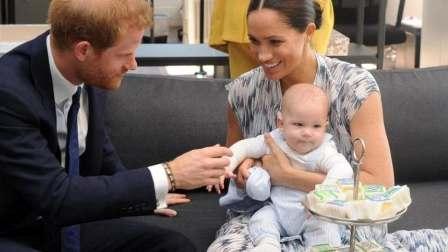 الأمير هاري وزوجته يتنحيان عن مهامهما بالعائلة الملكية
