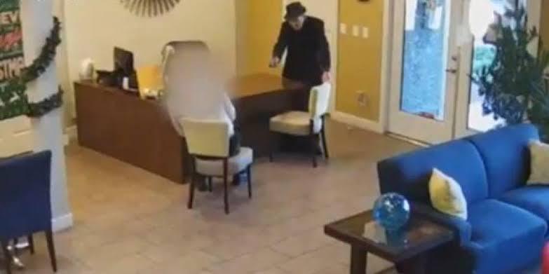 مسن أمريكي يطلق النار على رجل بسبب تسريب المياه