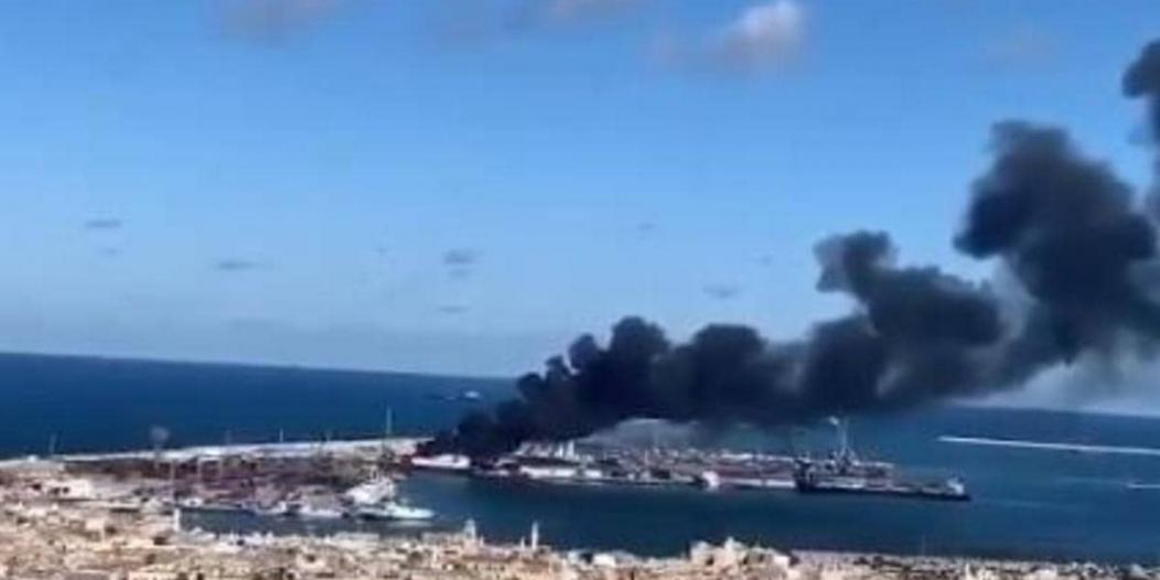 فيديو.. الجيش الليبي يستهدف سفينة تركية محملة بالأسلحة