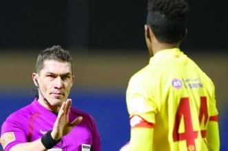استيفان كوفاكس حكم مباراة التعاون ضد الاتحاد