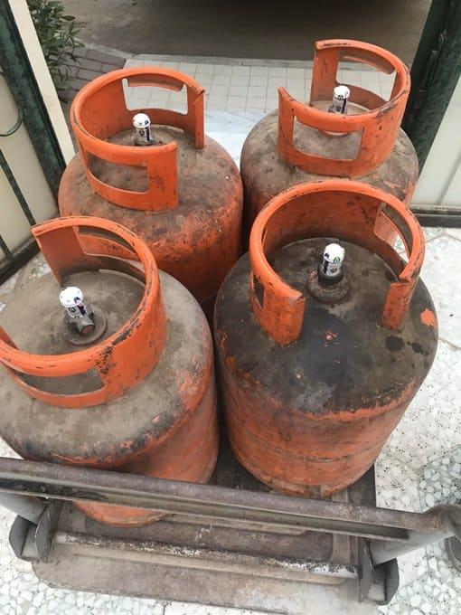 مواطنون يحرجون غازكو : نظافة أسطوانات الغاز مسؤوليتكم