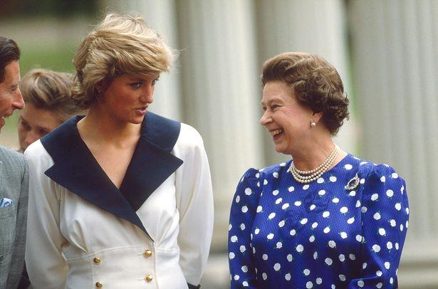 رسالة من الحماة الغاضبة إليزابيث أنهت زواج الأميرة ديانا