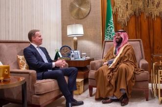 الأمير محمد بن سلمان يبحث التعاون الاقتصادي مع رئيس دافوس