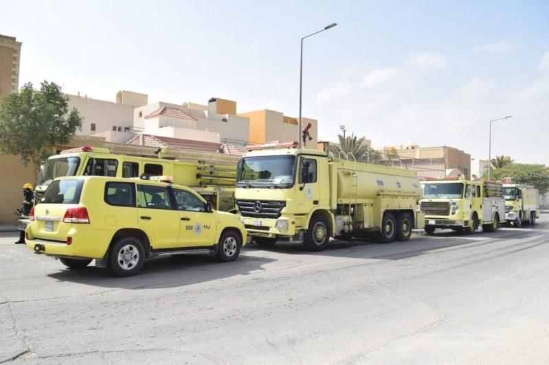 مدني الرياض يخمد حريق حي الشفا