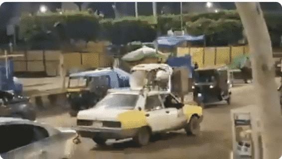 بسيارة وميكروفون.. المصريون يبحثون عن لاعبي الزمالك في الشوارع
