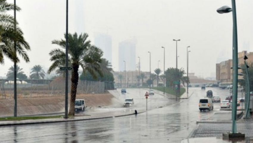 أمطار رعدية غدًا على 10 مناطق