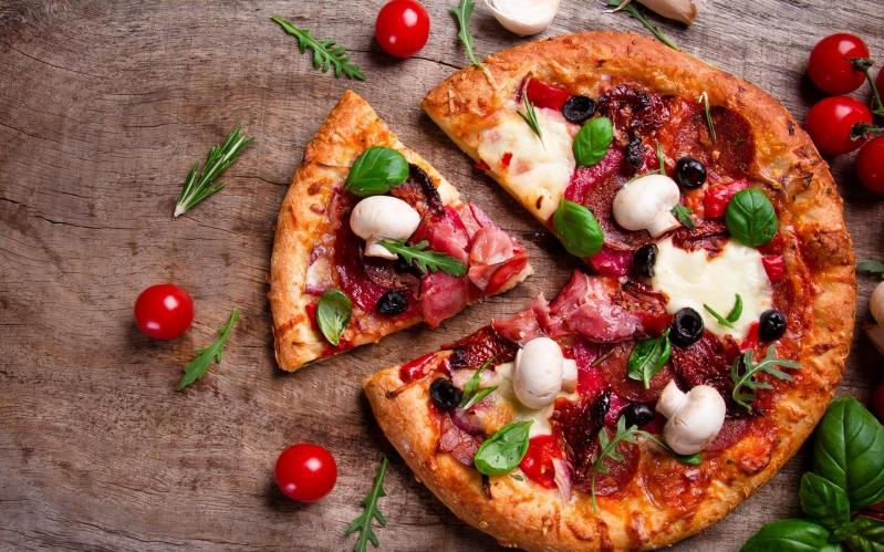 في يومها العالمي.. إليك أغرب 5 أنواع للبيتزا