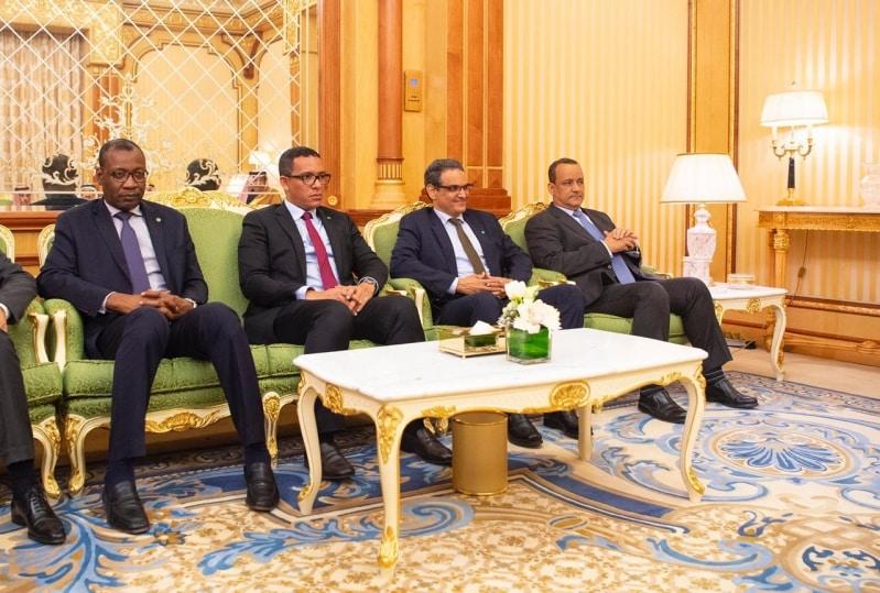 الملك سلمان بن عبدالعزيز يعقد جلسة مباحثات مع رئيس موريتانيا 1