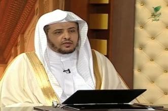 فيديو .. حكم شرب الماء عند سماع أذان الفجر في رمضان - المواطن