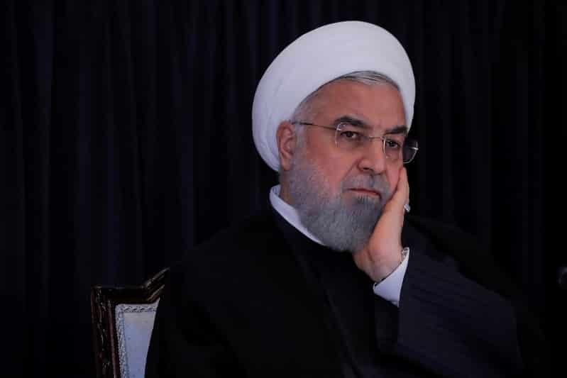 الرئيس الإيراني يلغي اجتماع الثلاثاء بعد أنباء عن إصابته بكورونا