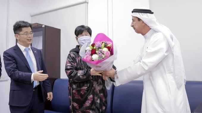 الإمارات تعلن شفاء الجدة الصينية من فيروس كورونا