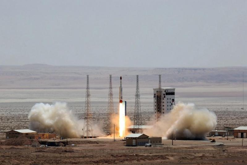 الأقمار الاصطناعية الإيرانية ستار لتطوير صواريخ حاملة للرؤوس النووية