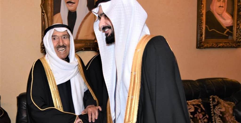 أمير الكويت والعساف في حفل عقد قران طلال بن صالح