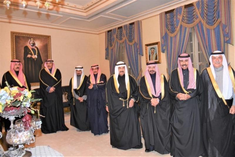 أمير الكويت والعساف في حفل عقد قران طلال بن صالح - المواطن