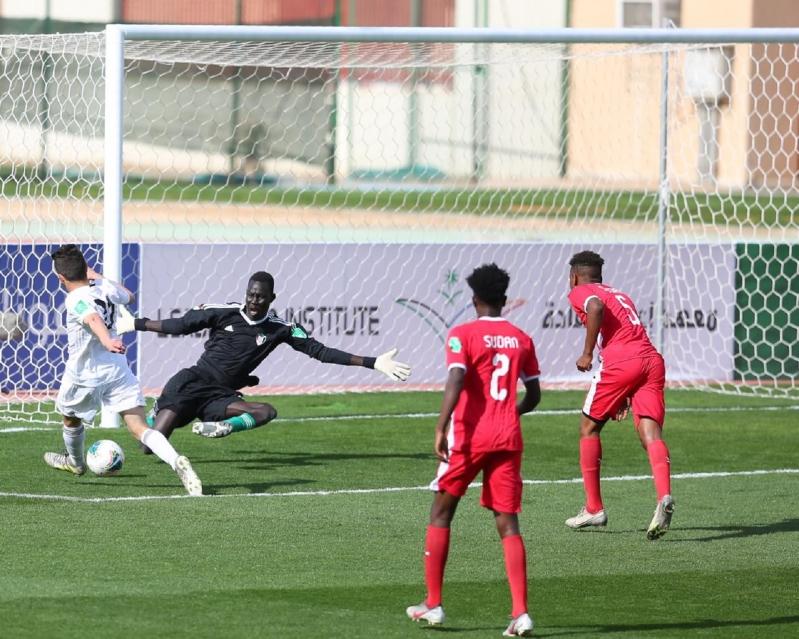 منتخب ليبيا يفوز على السودان بثنائية في كأس العرب