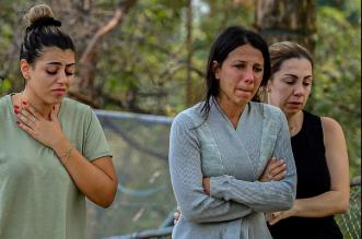 بالصور.. مأساة أم فقدت أطفالها الثلاثة بسبب الأيس كريم - المواطن