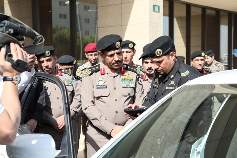 الفريق الحربي يدشن مركبات دوريات الأمن الجديدة بمزايا تقنية