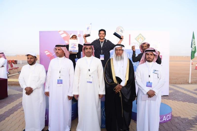 """رئيس """"تحكم"""" يتوج الفائزين في بطولة القصب للرياضات اللاسلكية - المواطن"""