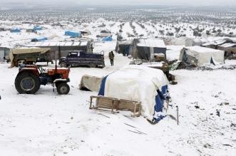 الثلج والنازحون السوريون