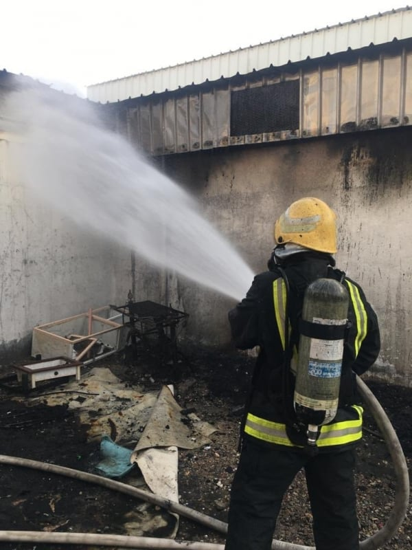 صور.. حريق بعمارة سكنية يصيب 6 أشخاص في بيشة