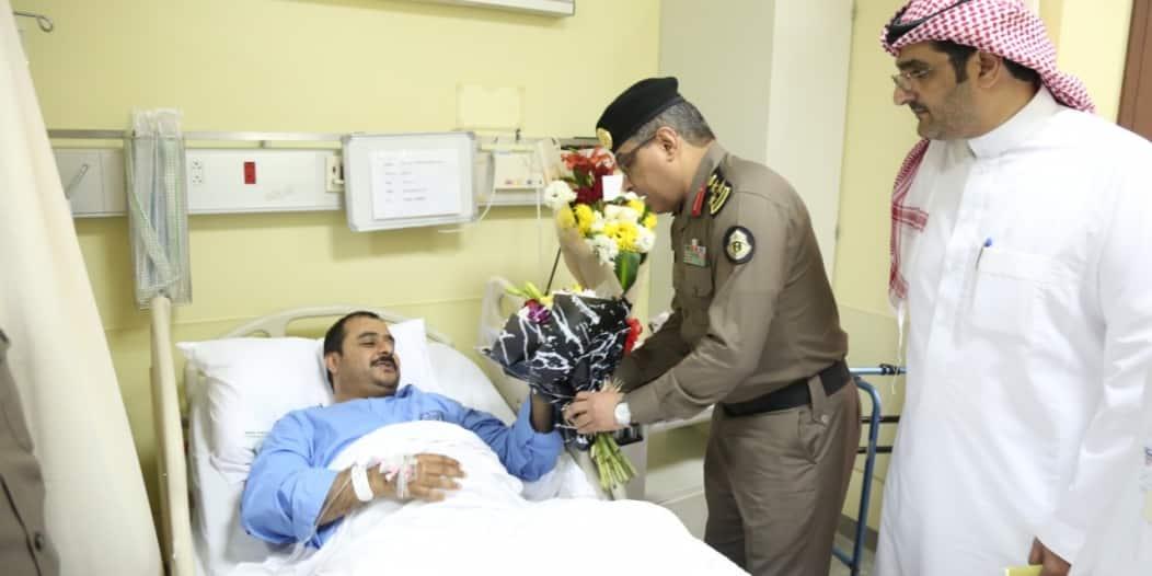 العميد الأحمدي يزور رجال الأمن المنومين ويستمع لأمنياتهم