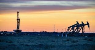 النفط الصخري بالولايات المتحدة أول ضحايا حرب الذهب الأسود