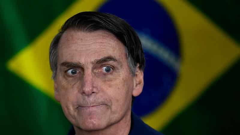 رئيس البرازيل: لا للكمامة !
