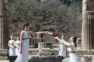 الشعلة الاولمبية في اثينا