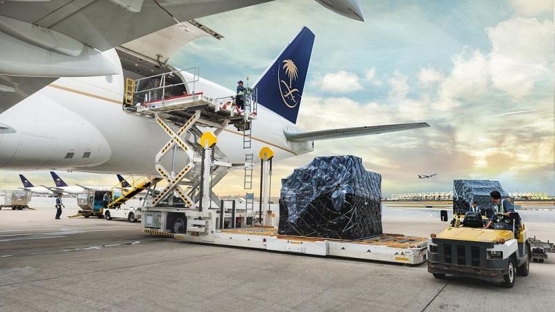 الطيران المدني يلزم شركات الشحن الجوي باشتراطات السلامة الصحية