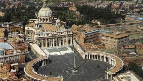 الفاتيكان تسجل أول حالة كورونا الجديد