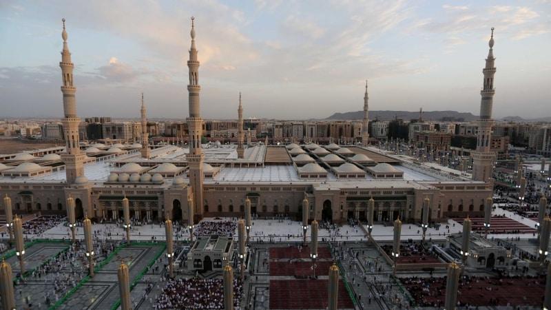 إجراءات ميدانية لوقاية قاصدي المسجد النبوي من كورونا - المواطن