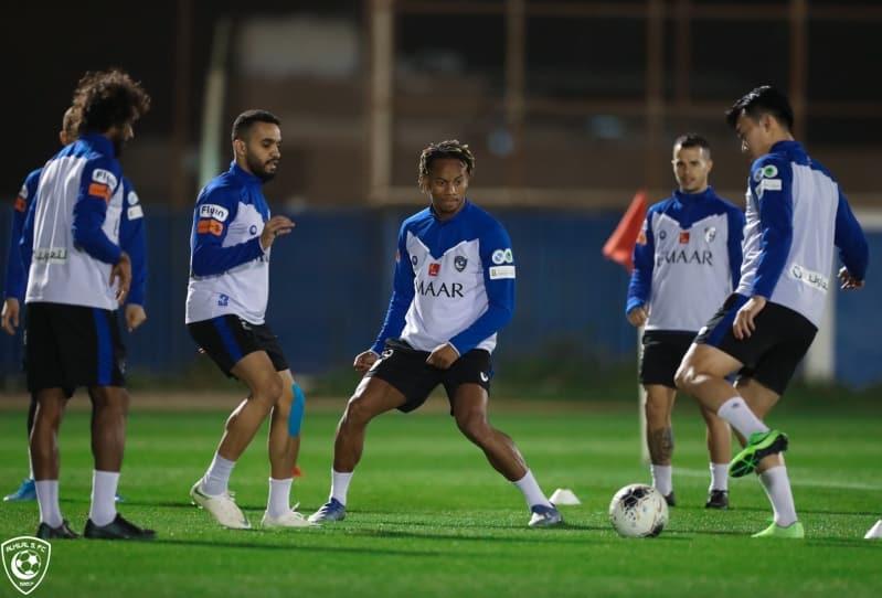 إشادة بقرار وزارة الرياضة بتعليق التدريبات