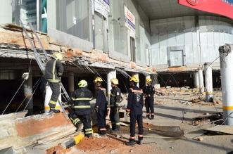 صور.. انهيار سقف مواقف أحد المعارض التجارية بالرياض - المواطن