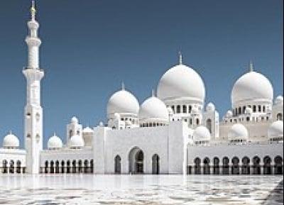 تعليق الصلاة في المساجد والمصليات في الإمارات مؤقتًا