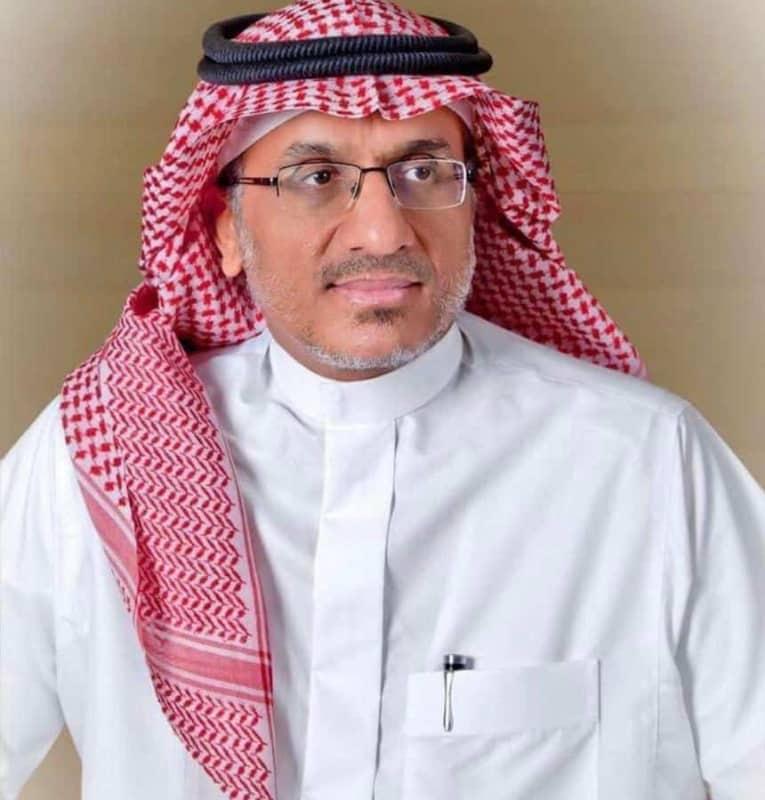 رئيس الهلال الأحمر : العدوان الحوثي الإرهابي استهدف الطواقم الصحية والأمنية