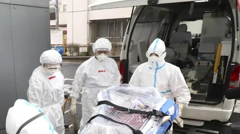 مئات الإصابات بفيروس كورونا في بريطانيا وفرنسا