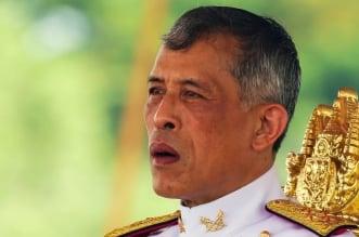 ملك تايلاند يتخلى عن شعبه في أزمة كورونا ! - المواطن