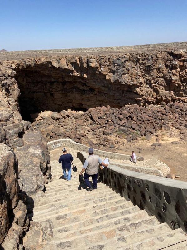 المساحة الجيولوجية تكشف حقيقة أدخنة كهف أم الجرسان