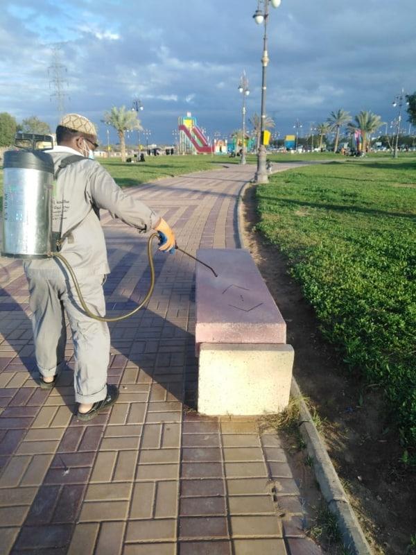 2311 عامل نظافة بميادين تبوك لدرء مخاطر كورونا - المواطن
