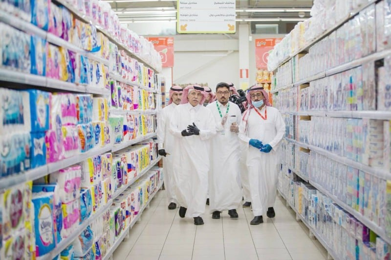 وزارة التجارة تطمئن المواطنين: المنتجات متوفرة ولا داعي للقلق