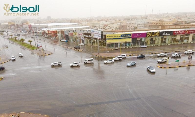 بالفيديو.. هطول أمطار متوسطة على حفر الباطن