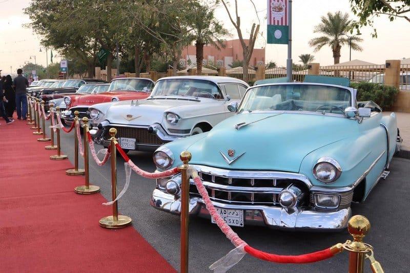 سعودي وإماراتي يتوجان بجائزتي مهرجان الدرعية للسيارات الكلاسيكية