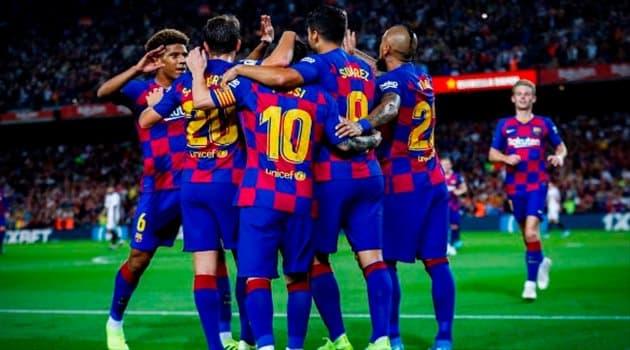 فيفا يتحد مع برشلونة ضد ميسي