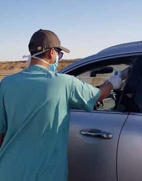 فرق طبية على مداخل طرق القصيم لفحص قائدي المركبات